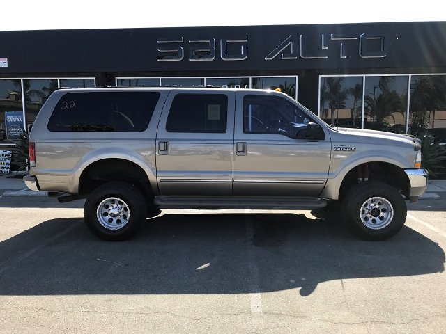 2002 Ford Excursion Limited Ultimate 6.8L 4WD 4-Speed Automa